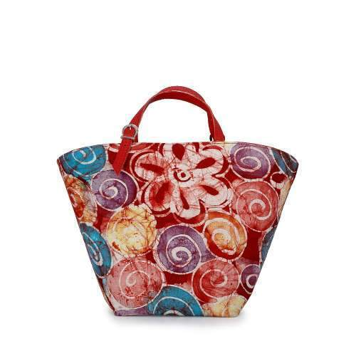 O'Eclat Lilly Tote in Cherry