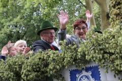 Toni und Christine Winklhofer, Einzug der Wiesnwirte am Oktoberfest in München 2018