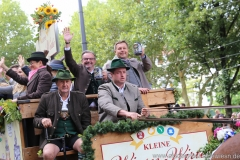Jens Röver (re.), Einzug der Wiesnwirte am Oktoberfest in München 2018