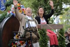 Wiggerl  Hagn und Stephanie Spendler, Einzug der Wiesnwirte am Oktoberfest in München 2018