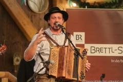 Luisss Leit'n Musi, Talentwettbewerb Jetzt sing i für die BR Brettlspitzen im Volkssängerzelt zur Schönheitskönigin auf der Oidn Wiesn in München  am 26,9, 2019