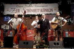"""Lochtrio, Nachwuchswettbewerb """"Jetzt sing i """" in der Schönheitskönigin auf der Oidn Wiesn am Oktoberfest in München 2018"""