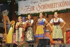 """Auf d'Sait'n, Nachwuchswettbewerb """"Jetzt sing i """" in der Schönheitskönigin auf der Oidn Wiesn am Oktoberfest in München 2018"""