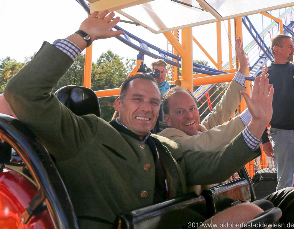 Peter Inselkammer und Manuel Pretzl (re.), Oktoberfest Presserundgang über die Theresienwiese in München  2019