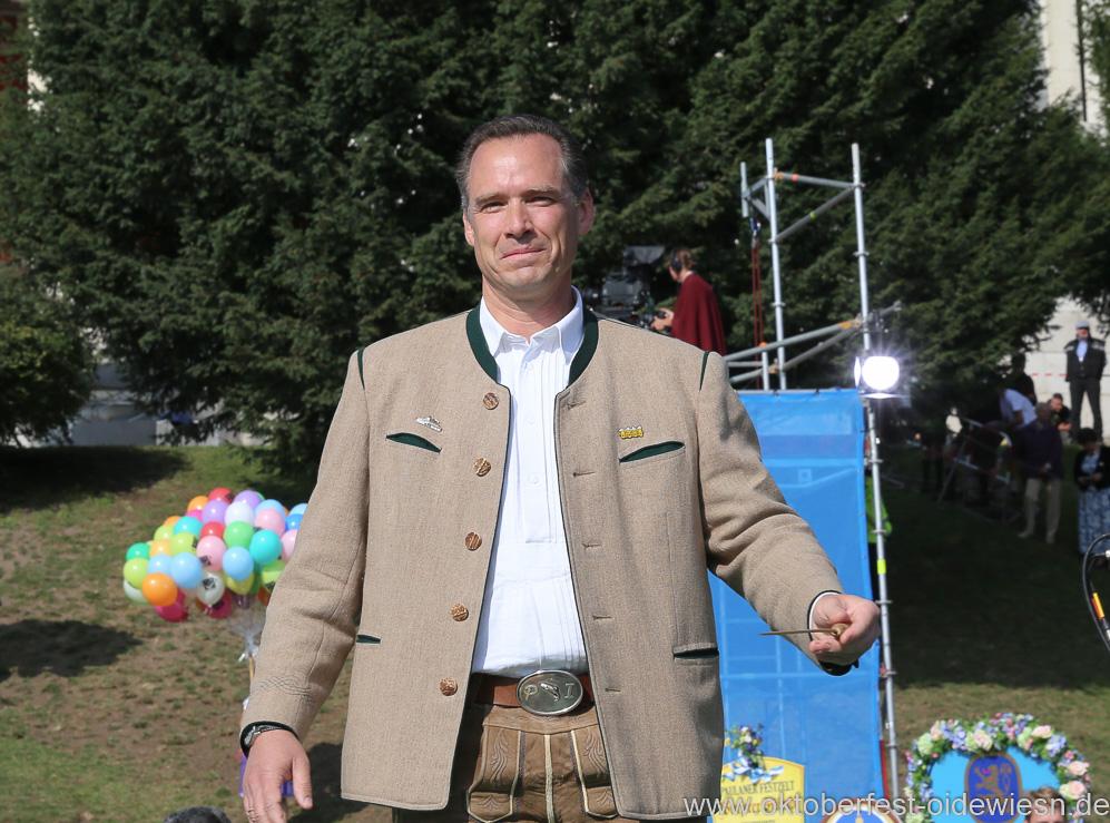 Peter Inselkammer, Wiesn Platzkonzert mit allen Wiesnkapellen unter der Bavaria am Oktoberfest in München 2018