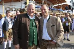 Christian Schotenhamel (li.) und Peter Inselkammer (re.), Wiesn Platzkonzert mit allen Wiesnkapellen unter der Bavaria am Oktoberfest in München 2018