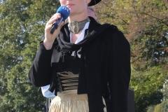 Gigi Pfundmpfundmair, Wiesn Platzkonzert mit allen Wiesnkapellen unter der Bavaria am Oktoberfest in München 2018