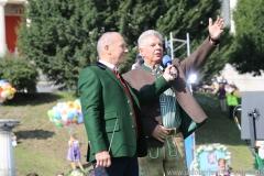 Michael Harles und Dieter Reiter (re.), Wiesn Platzkonzert mit allen Wiesnkapellen unter der Bavaria am Oktoberfest in München 2018