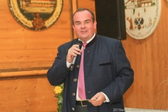 Clemens Baumgärtner, Präsentation Wiesnkrug im Armbrustschützenzelt auf der Theresienwiese in München 2019