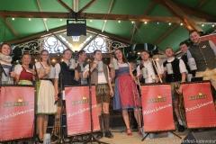 Kapelle Kaiserschmarrn, Der 1. Tag in der Schönheitskönigin auf der Oidn Wiesn in  München am 2019