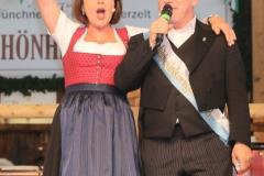 Gitti Walbrun und Jürgen Kirner, Der 1. Tag in der Schönheitskönigin auf der Oidn Wiesn in  München am 2019