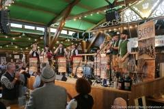 Blech nach Acht, Der 12. Tag im Volkssängerzelt zur Schönheitskönigin auf der Oidn Wiesn in München 2019