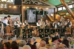 Knappenkapelle Kropfmühl, Tag  14 in Volkssängerzelt zur Schönheitskönigin auf der Oidn Wiesn in München 2019