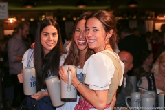 Tag  14 in Volkssängerzelt zur Schönheitskönigin auf der Oidn Wiesn in München 2019