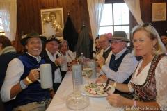 Manfred Hilscher (li.), Filserbuam in der Schönheitskönigin auf der Oidn Wiesn am Oktoberfest in München 2018