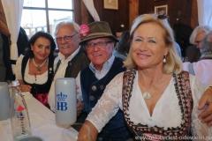 Filserbuam in der Schönheitskönigin auf der Oidn Wiesn am Oktoberfest in München 2018