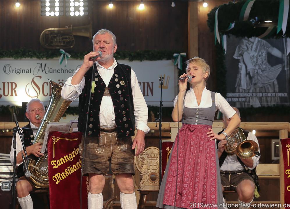 Tanngrindler Musikanten, Tag 6 im Volkssängerzelt zur Schönheitskönigin auf der Oidn München 2019