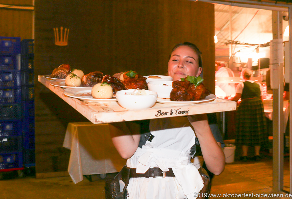 Tag 6 im Volkssängerzelt zur Schönheitskönigin auf der Oidn München 2019