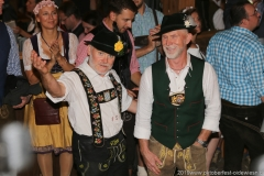 Der 8. Tag im Volkssängerzelt zur Schönheitskönigin auf der Oidn Wiesn in München 2019