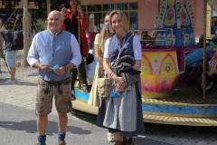 Dr. Axel Mund und Eileen  Popielaty, Trachtival im Werksviertel-Mitte in München 2020
