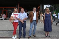 Renate und Peter Münch, Ewald Schneider, Ingrid Kurg (von li. nach re.), Trachtival im Werksviertel-Mitte in München 2020