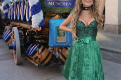 Vanessa Teske, Wiesn Playmate im Park-Cafe in München 2021