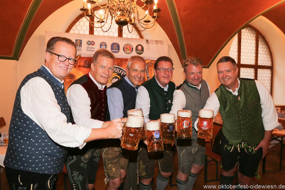 Wiesnbierprobe in der Ratstrinkstube im Rathaus in München 2018