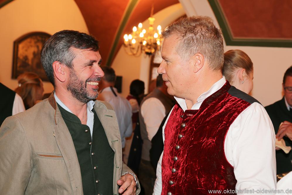 Martin Liebhäuser und Andreas Steinfatt (re.), Wiesnbierprobe in der Ratstrinkstube im Rathaus in München 2018