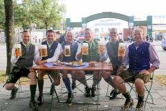 Andreas Brunner, Bernd Kräußel, Rainer Kansy, Harald Stückle, Christian Dahnke, Rolf Dummert (von li. nach re.), Wiesnbierprobe im Bad am Bavariaring  in München .2019
