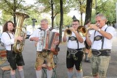 Die 4 Hinterberger Musikanten, Wiesnbierprobe im Bad am Bavariaring  in München .2019