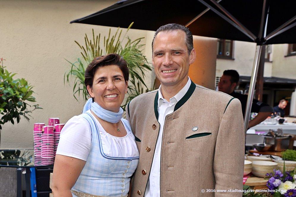 Der neue Wirtesprecher Peter Inselkammer mit Ehefrau Katharina