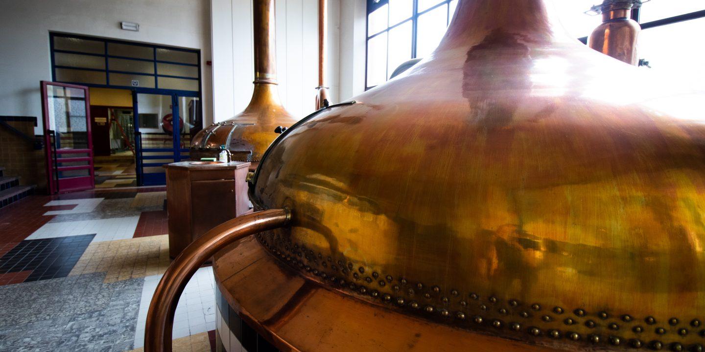 Bilde fra Westmalle-bryggeri og deres bryggekjeler.