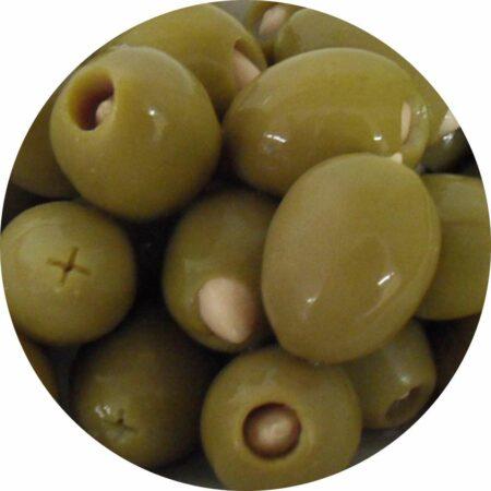 olijven gevuld met amandel