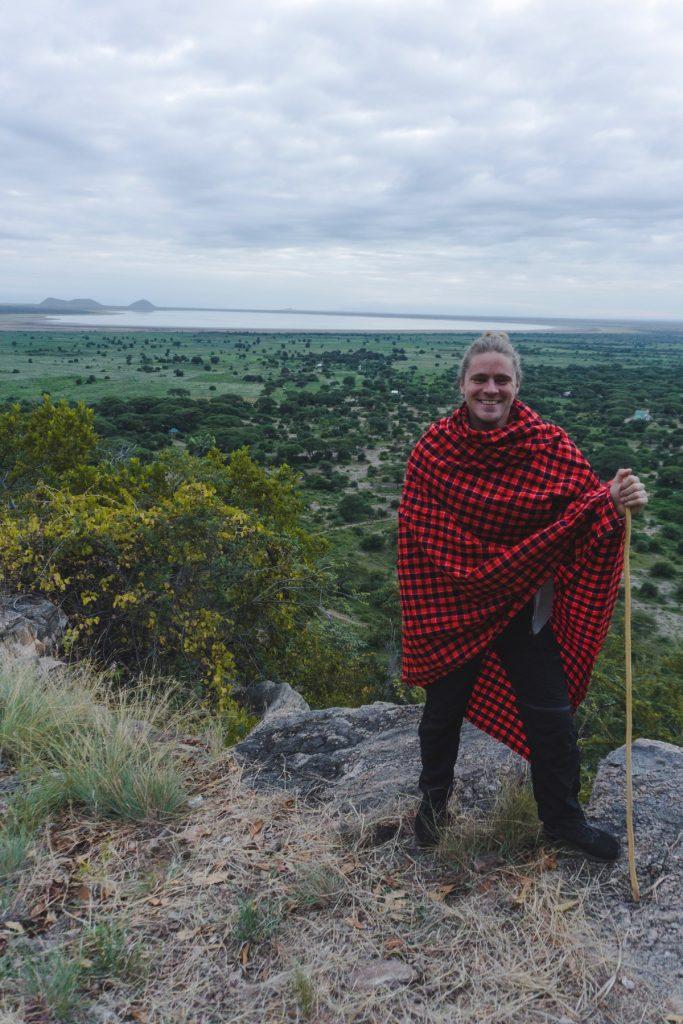 Oliver et sa nouvelle couverture massaï au parc national du Tarangire