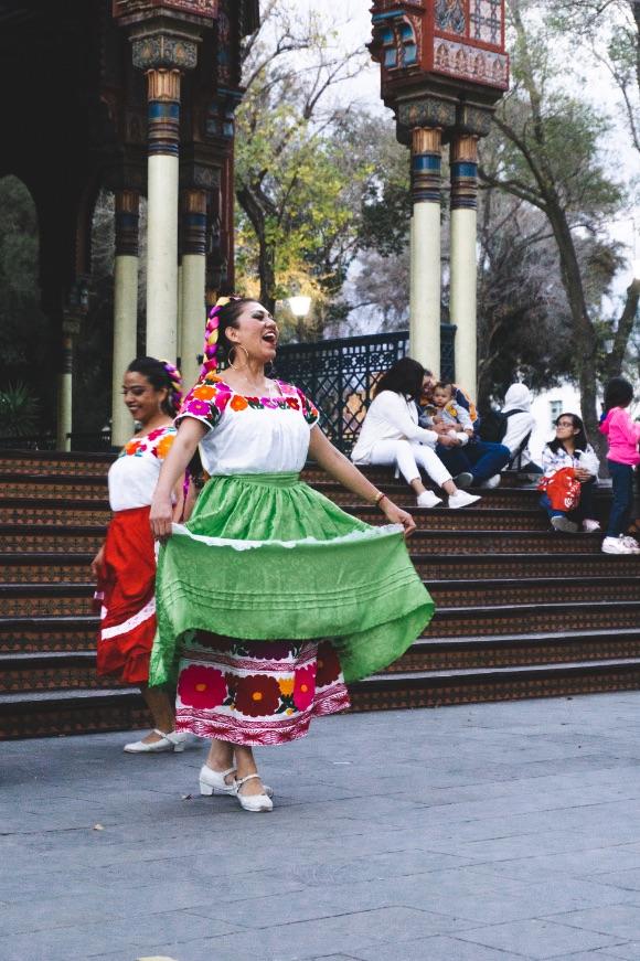 Local dancer in Santa Maria La Ribera Mexico City