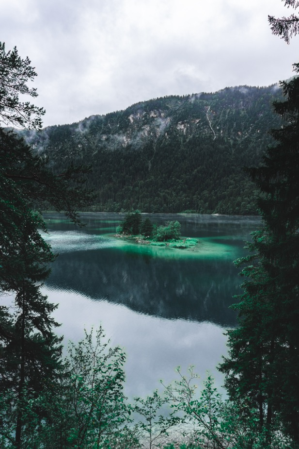 One Second - Eibsee lake - shades of blue on a cloudy day