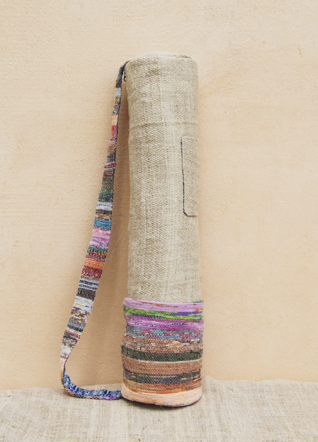 Coolest sustainable gifts - One Second Journal - Himalayan Made - Yoga mat bag