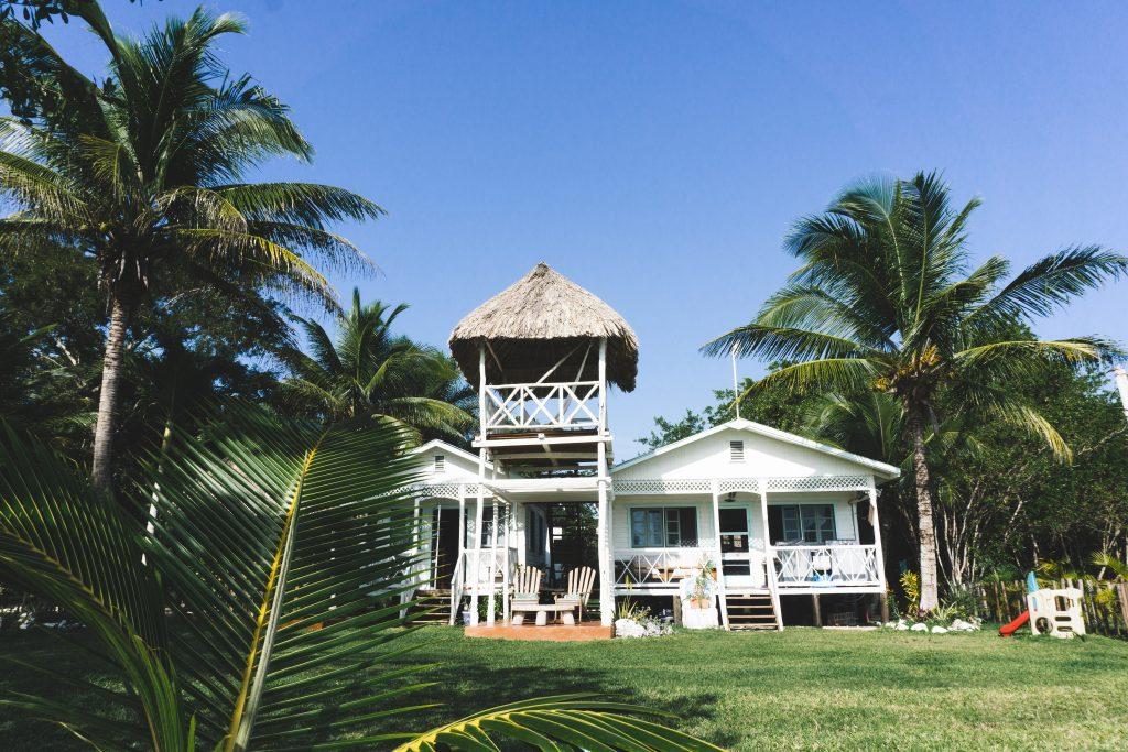 Maison au bord de la lagune de Bacalar - One Second Journal