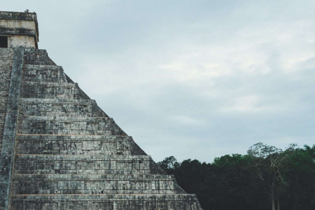 Mayan pyramid in Chichén Itzá - Yucatán, Mexico in pictures