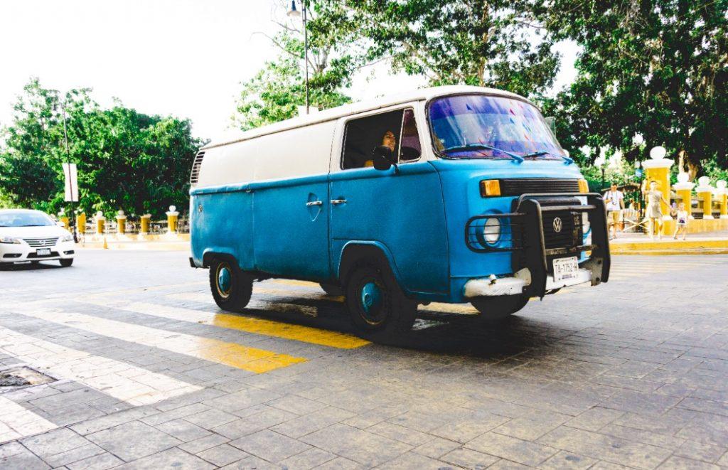 Blue VW van in Valladolid
