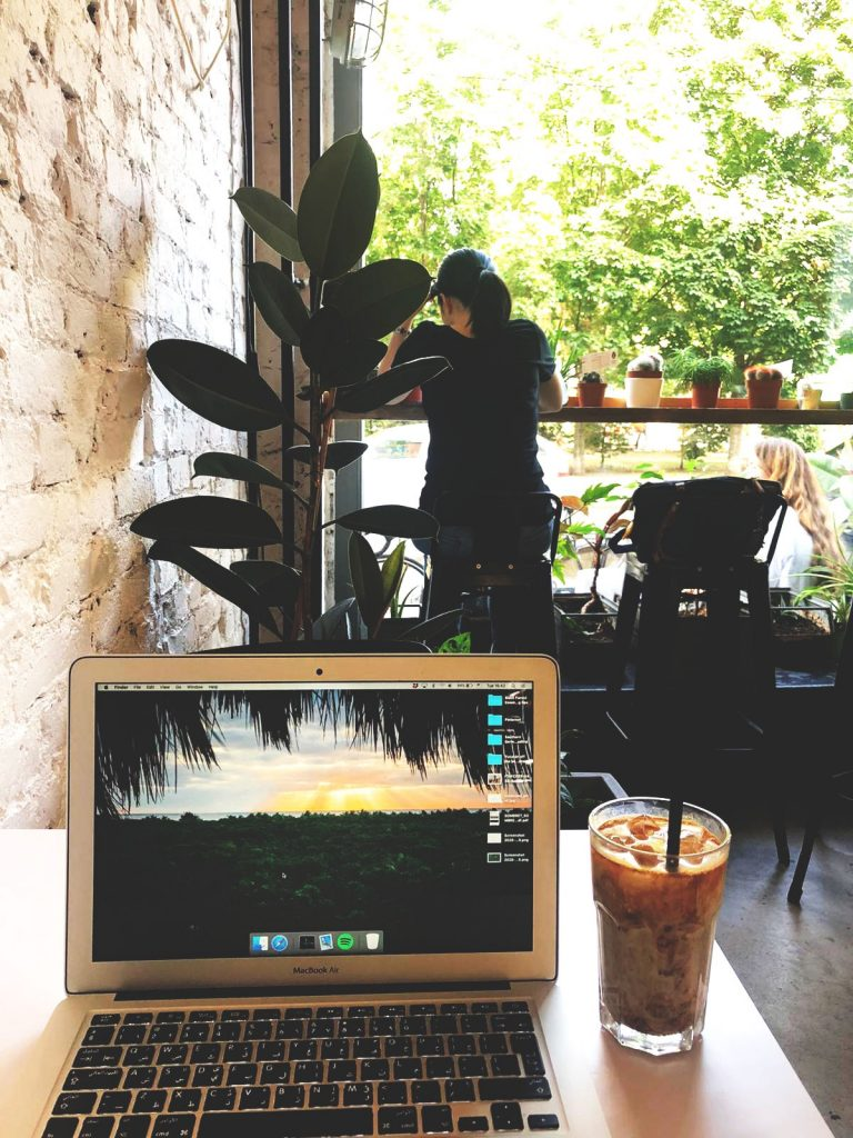 Best places for digital work in Berlin - Funk you - Natural food