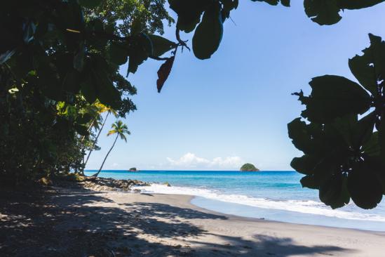 Anse Couleuvre - Les plus beaux endroits à voir en Martinique - One Second Journal