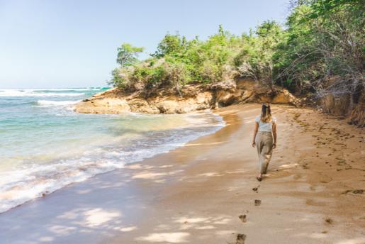 Plage à Tartane - Les plus beaux endroits à voir en Martinique - One Second Journal