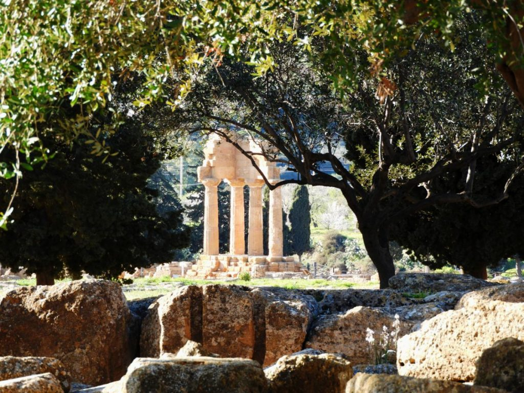 valley-temples-agrigente-sicily