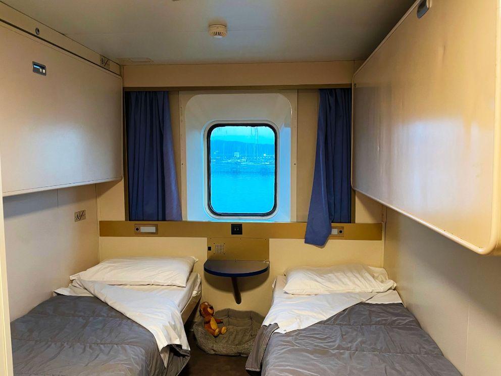 corsica-ferry-cabin