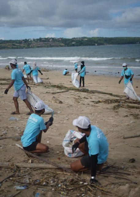 equipe-oceancleanup-pollution-plastique