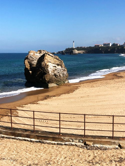 grande-plage-biarritz-france