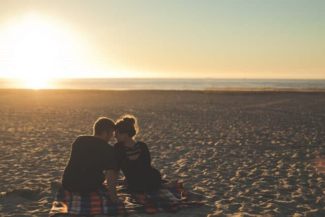 Wat is het verschil tussen verlatingsangst en bindingsangst?