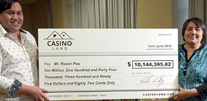 Rawiri Pou and his jackpot win at Casinoland.com