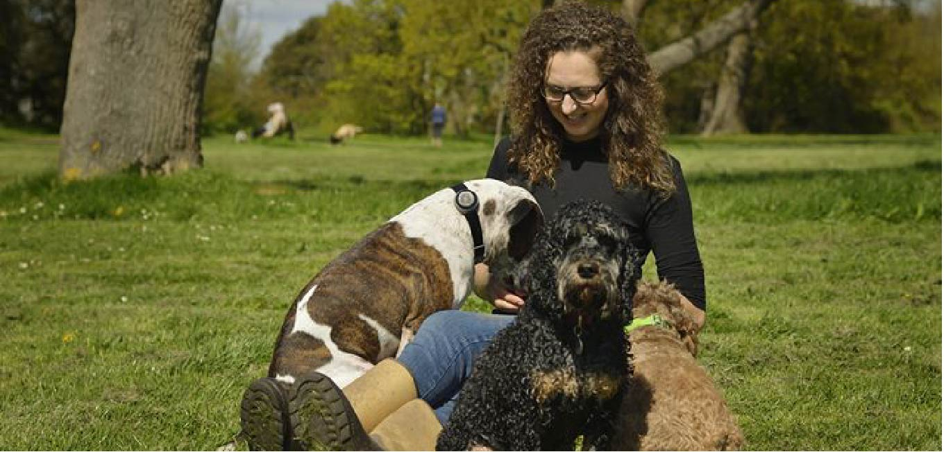 Hi, I'm Stacey and welcome to On The Ball Walkies pet services! I'm happiest when I'm in the company of animals, training for and competing in running events, and outdoors in nature. Ever since I can remember, I have had a passion for animals and their welfare. Over the years I have cared for many dogs, cats, and other animals; through charity work, having my own family dogs, cats, and hamsters, and helping others with their family pets. Having built good connections with animals, I really enjoy getting to know them with their different personalities, likes and dislikes - even if their likes include checking out my photographer! (see pic above). Well at least one of us was looking at the camera! Some of my previous voluntary work includes socialising the many animals at the RSPCA Stubbington Ark, helping animal charities across the country with crowdfunding, and fostering animals in need. Before On The Ball Walkies I was employed by a wonderful and well respected charity as a Resettlement Worker, where I took pride in helping the many vulnerable people there find their feet again. It is with my lifelong passion for animals and helping others, and enjoying long distance running, canicrossing and nature, that had me embarking (woof woof!) on my journey as a dog walker, dog jogger and pet sitter! I look forward to hopefully welcoming you and your family pets on board! X